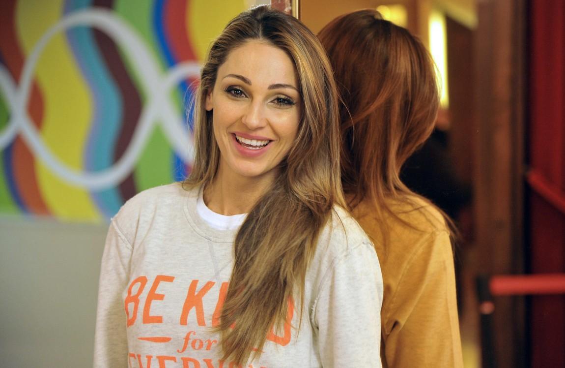 """Anna Tatangelo a Sanremo 2019 con """"Le nostre anime di notte"""": testo, audio, significato"""