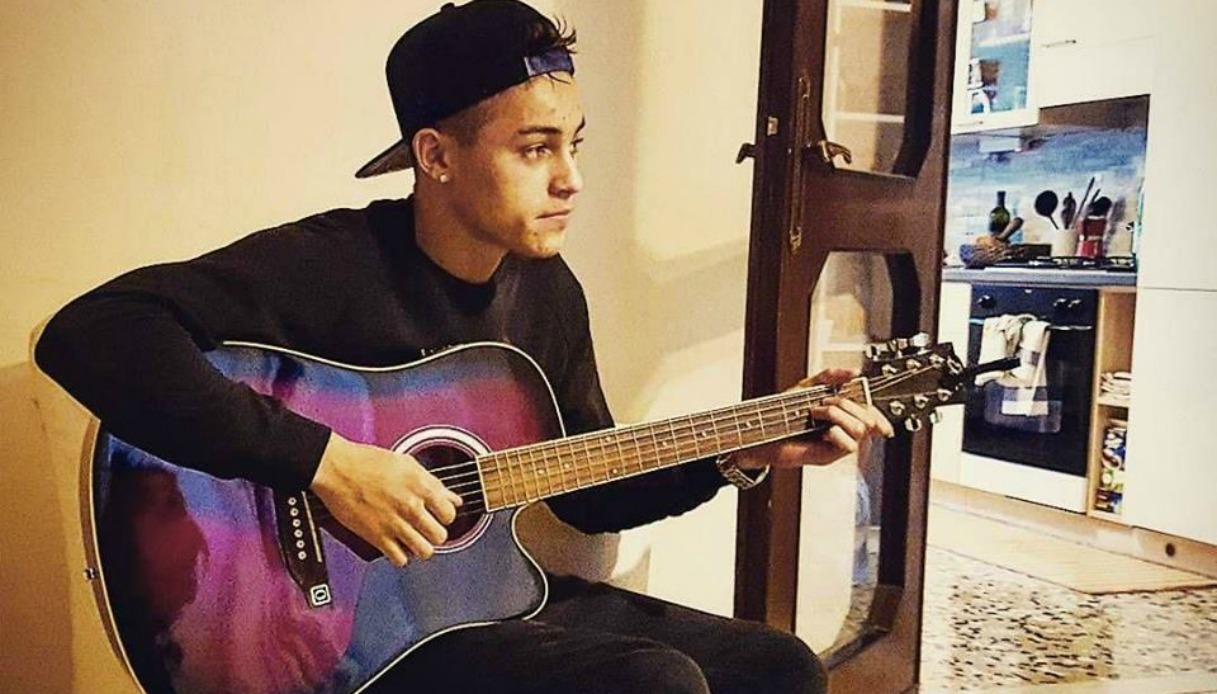 """Einar a Sanremo 2019 con """"Parole nuove"""": testo, audio, significato"""