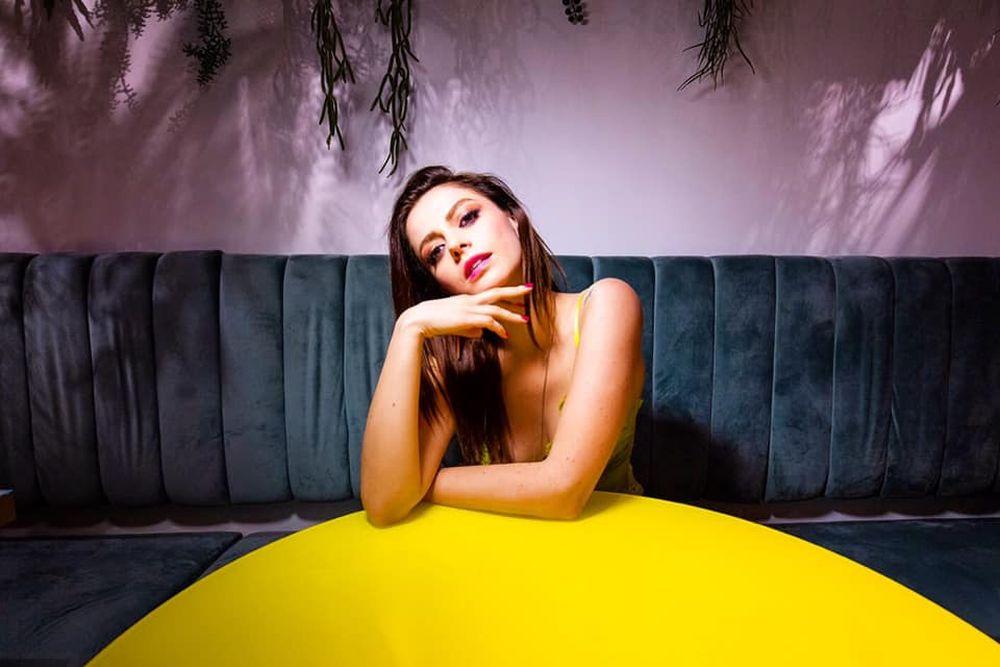 """Annalisa a Sanremo 2021 con """"Dieci"""": testo, audio, significato"""