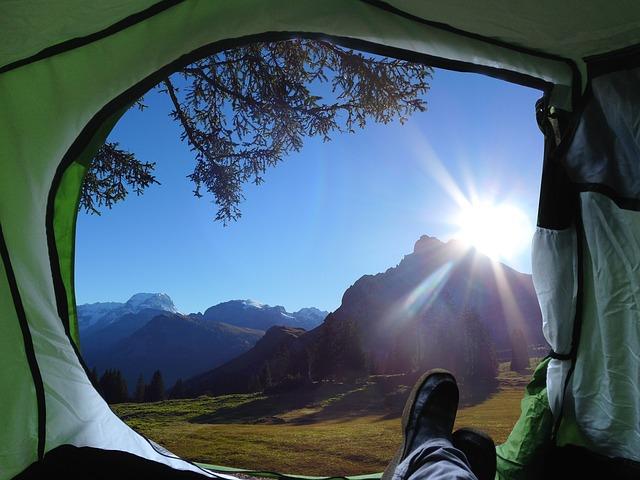 8 cose da non fare in campeggio