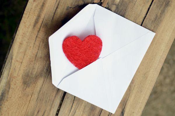 Come scrivere una lettera d'amore per San Valentino