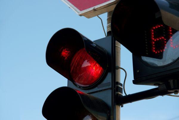 Quanti punti si perdono passando con il semaforo rosso?