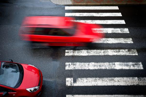 ritiro patente semaforo rosso sorpasso