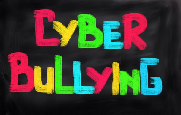 internet safety day tracce svolte bullismo e cyberbullismo