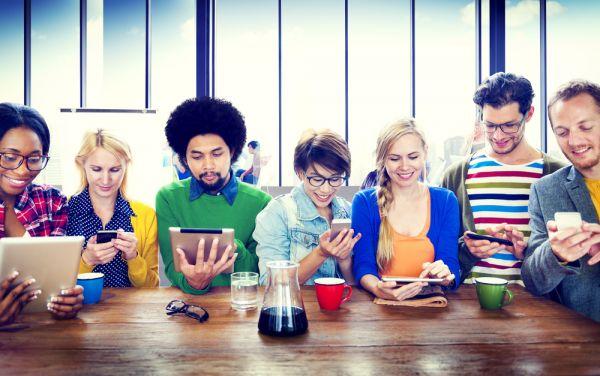 saggio breve comunicazione digitale