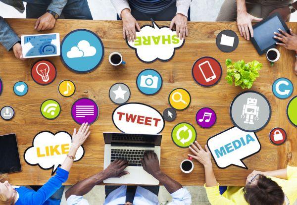 saggio breve sui social network e influenza nella societ?