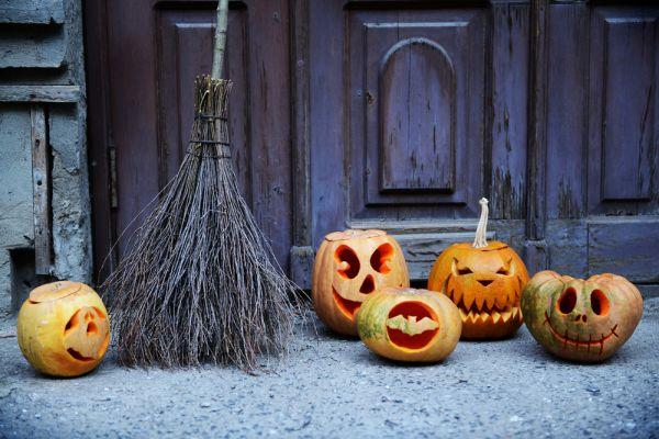 tema in inglese su halloween