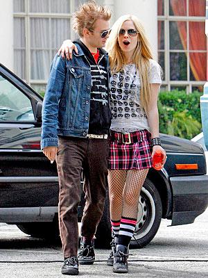 Avril con il marito Deryck