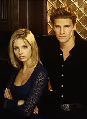 Buffy e Angel, interpretati da Sarah Michelle Gellar e David Boreanaz