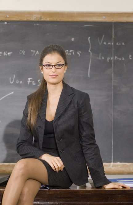 La sexy professoressa Sara Tommasi